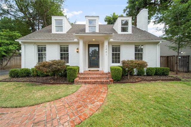 2441 E 25th Place, Tulsa, OK 74114 (MLS #2027552) :: Hopper Group at RE/MAX Results