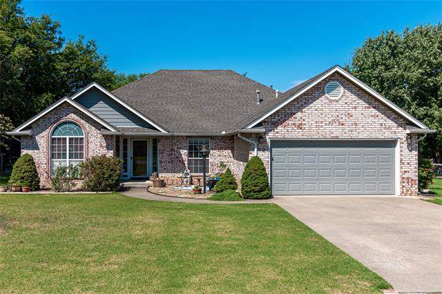 6416 N 130th East Avenue, Owasso, OK 74055 (MLS #2027627) :: Hopper Group at RE/MAX Results