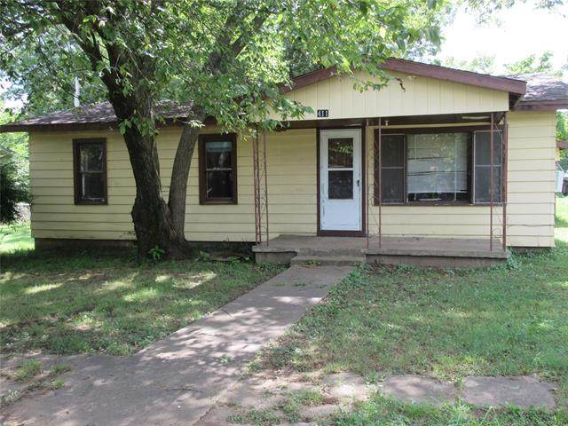411 N J Street, Quinton, OK 74561 (MLS #2027679) :: Active Real Estate
