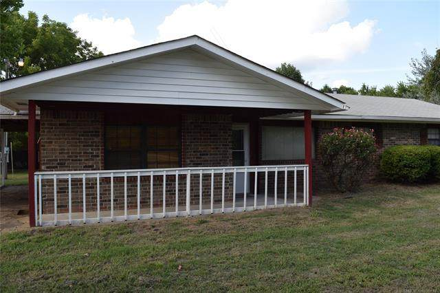 427077 Texanna Road, Checotah, OK 74426 (MLS #2027864) :: 918HomeTeam - KW Realty Preferred