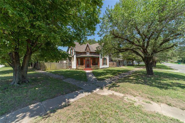 324 S Maple Street, Sapulpa, OK 74066 (MLS #2028095) :: Hometown Home & Ranch