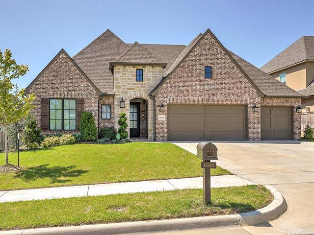 1020 W 86th Place S, Tulsa, OK 74132 (MLS #2028099) :: 918HomeTeam - KW Realty Preferred