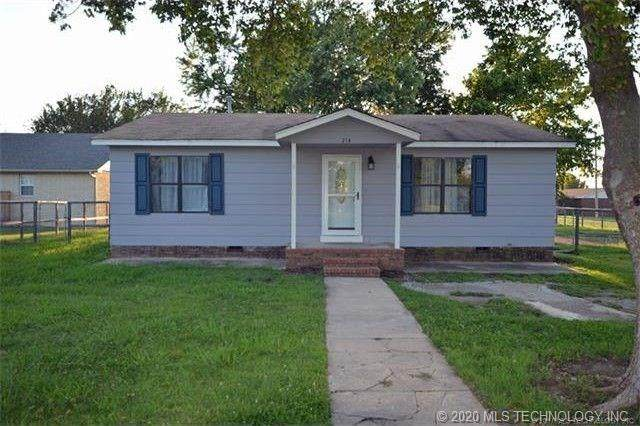 214 N Hughes Avenue, Morris, OK 74445 (MLS #2028134) :: Hopper Group at RE/MAX Results