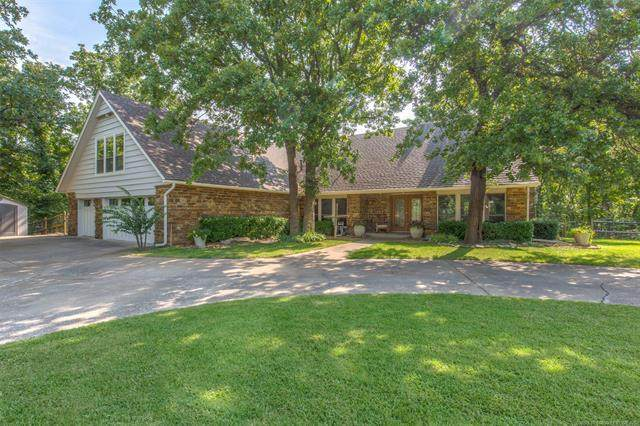 12301 S 14th Street, Jenks, OK 74037 (MLS #2028199) :: Hopper Group at RE/MAX Results