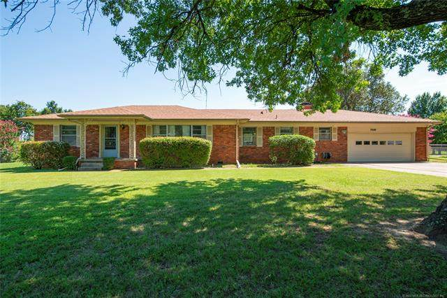 7330 E 25th Place, Tulsa, OK 74129 (MLS #2028298) :: Hopper Group at RE/MAX Results