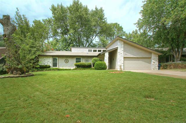 4221 E 83rd Place, Tulsa, OK 74137 (MLS #2028517) :: Hopper Group at RE/MAX Results