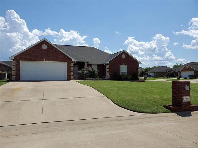 1400 Aspen, Mcalester, OK 74501 (MLS #2028523) :: Hopper Group at RE/MAX Results
