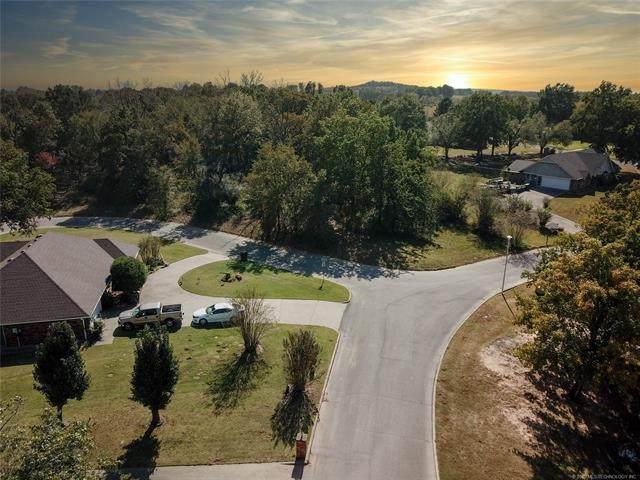 Lakeshore Court, Okmulgee, OK 74447 (MLS #2028551) :: 580 Realty