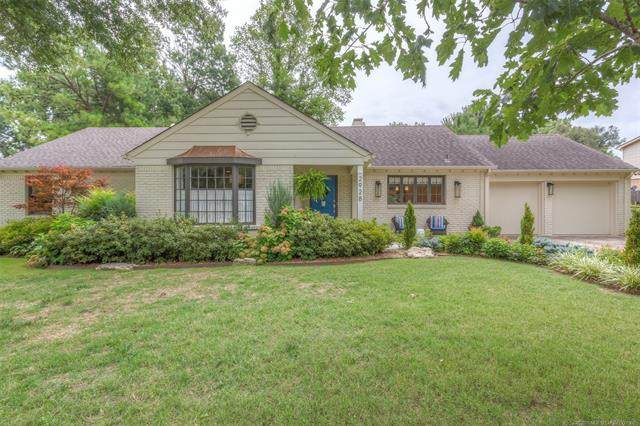 2928 E 46th Street, Tulsa, OK 74105 (MLS #2028570) :: Hopper Group at RE/MAX Results