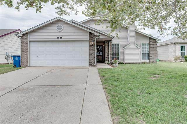 1035 E 63rd Street, Tulsa, OK 74136 (MLS #2028654) :: 918HomeTeam - KW Realty Preferred