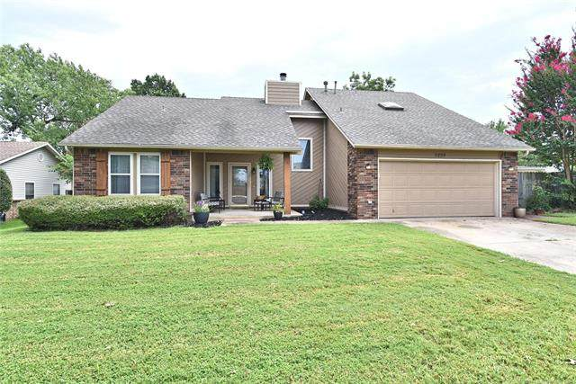 9239 S 86th East Avenue, Tulsa, OK 74133 (MLS #2028675) :: 918HomeTeam - KW Realty Preferred