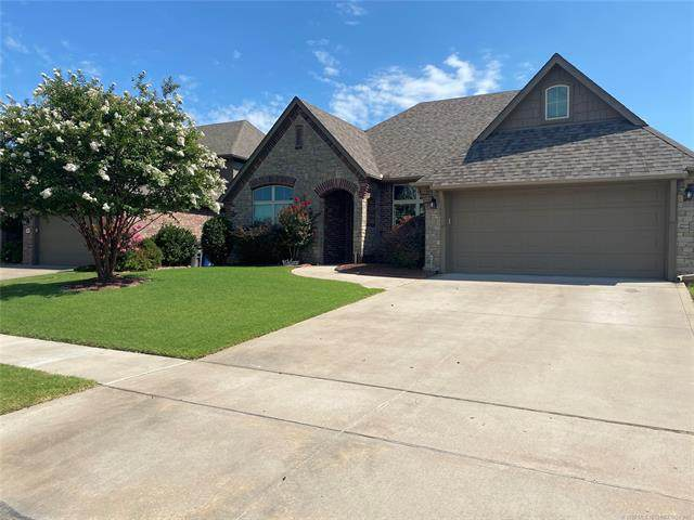 18502 E 46th Street, Tulsa, OK 74134 (MLS #2028681) :: Hopper Group at RE/MAX Results