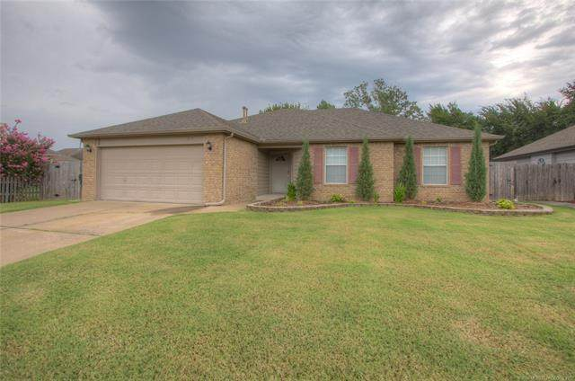 11613 N 109th East Place, Collinsville, OK 74021 (MLS #2028742) :: Hopper Group at RE/MAX Results