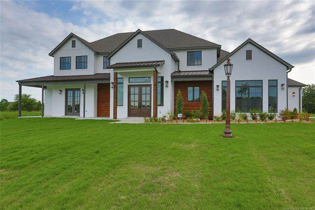 18845 Red Fox Trail, Owasso, OK 74055 (MLS #2028756) :: Hopper Group at RE/MAX Results