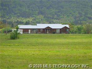 4051 County Road 1630 Road, Talihina, OK 74571 (MLS #2029069) :: 580 Realty