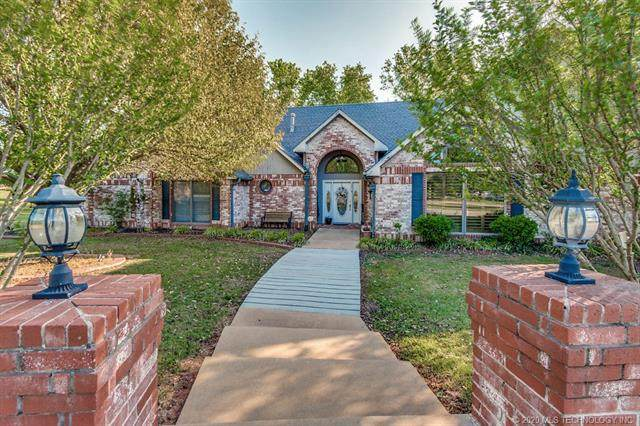 3916 S Timberline Drive, Stillwater, OK 74074 (MLS #2029206) :: Active Real Estate