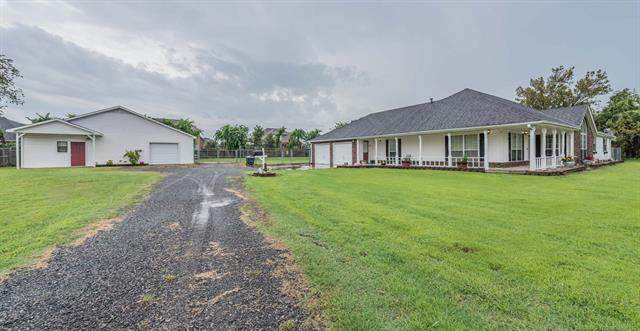318 S Gladd Road, Fort Gibson, OK 74434 (MLS #2029255) :: Hometown Home & Ranch