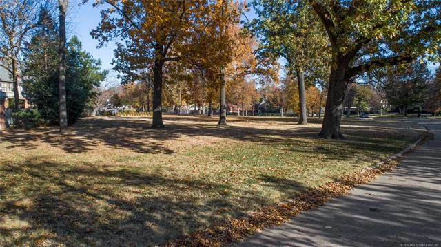2470 E 29th Street, Tulsa, OK 74114 (MLS #2029422) :: RE/MAX T-town