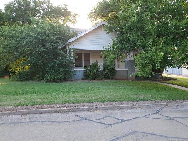 1101 Seventh Street, Pawnee, OK 74058 (MLS #2029554) :: Active Real Estate