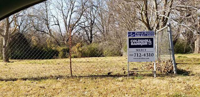 1107 S 2nd Street, Muskogee, OK 74401 (MLS #2029736) :: Active Real Estate