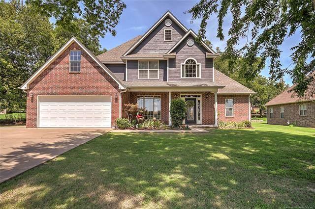 1402 Cemetery Road, Fort Gibson, OK 74434 (MLS #2030158) :: 918HomeTeam - KW Realty Preferred