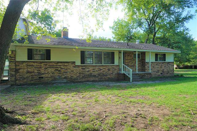 703 W Young Street, Morris, OK 74445 (MLS #2030437) :: Active Real Estate