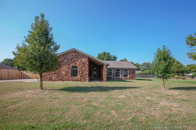 21911 W 12th Street, Sand Springs, OK 74063 (MLS #2030563) :: Active Real Estate