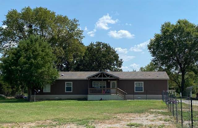 2220 E Main, Wilburton, OK 74578 (MLS #2030661) :: Hometown Home & Ranch