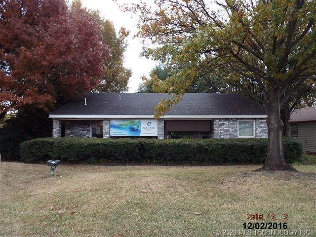 800 12th Street NW, Ardmore, OK 73401 (MLS #2030701) :: Hometown Home & Ranch