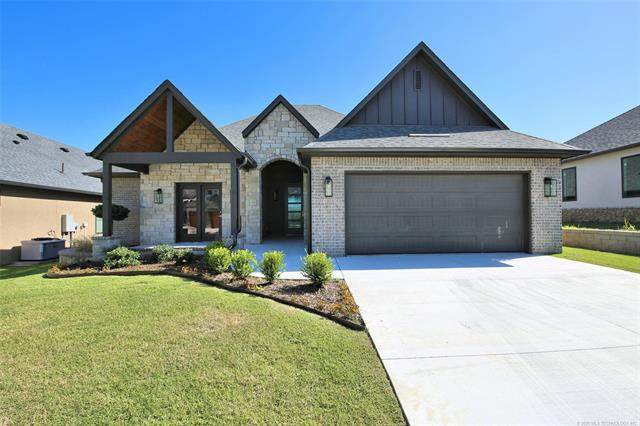 904 W 85th Street, Tulsa, OK 74132 (MLS #2030769) :: Hopper Group at RE/MAX Results