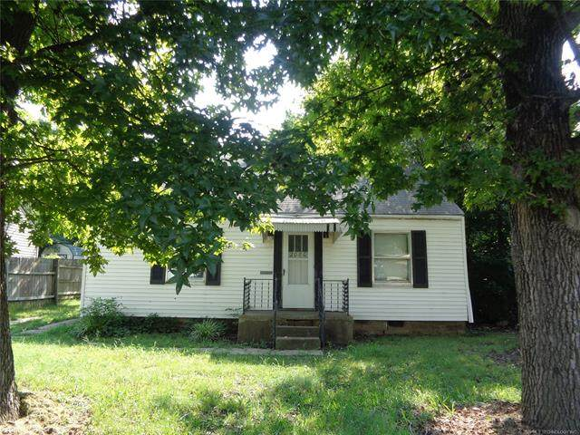 2080 S Johnstone Avenue, Bartlesville, OK 74003 (MLS #2031074) :: RE/MAX T-town