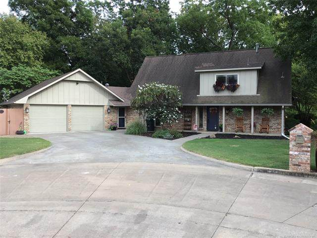 604 Meadowview Circle, Pryor, OK 74361 (MLS #2031146) :: Hopper Group at RE/MAX Results