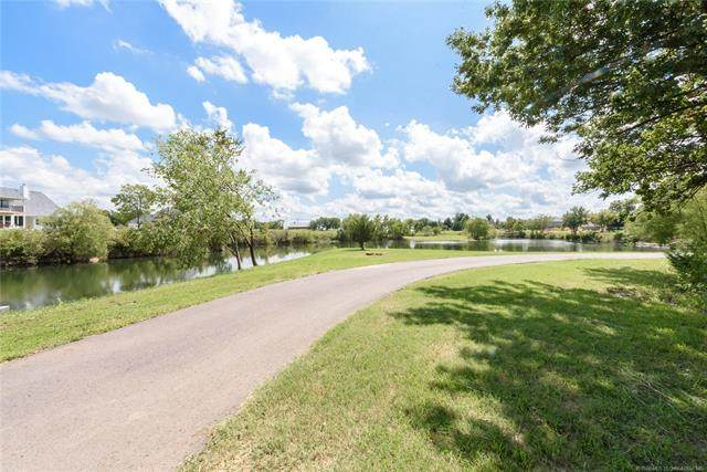 12910 S 28th Place, Bixby, OK 74008 (MLS #2031237) :: Active Real Estate