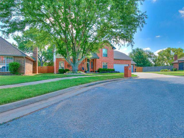 19604 Harness Court, Edmond, OK 73012 (MLS #2031492) :: Hopper Group at RE/MAX Results
