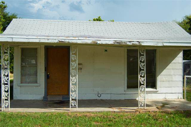 1738 Rhode Island Avenue, Seminole, OK 74868 (MLS #2031572) :: RE/MAX T-town