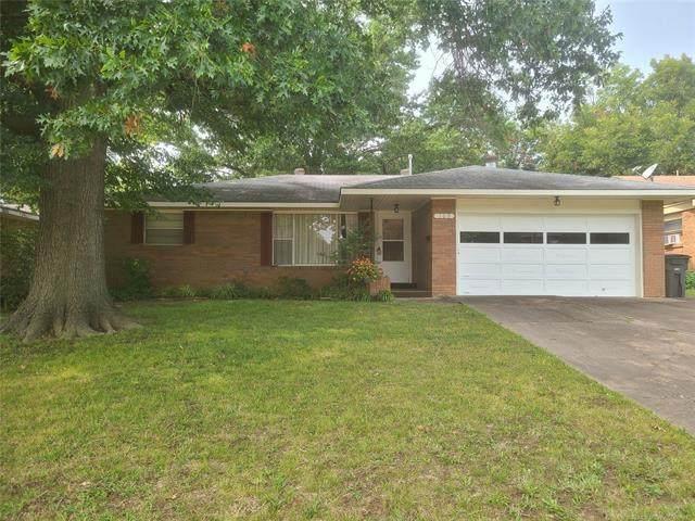 109 Forrest Park Road, Bartlesville, OK 74003 (MLS #2031639) :: Active Real Estate