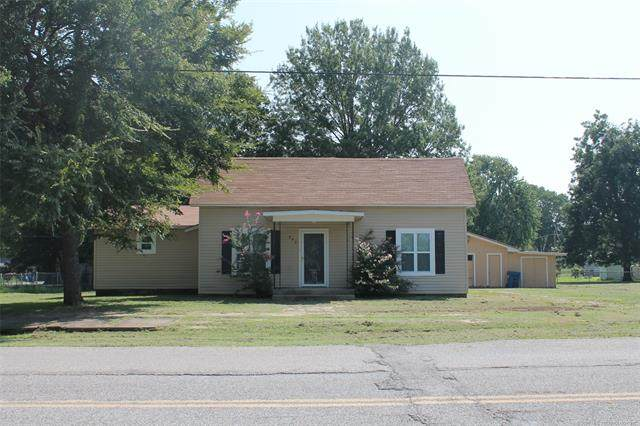240 S Main Street, Krebs, OK 74554 (MLS #2031706) :: Hometown Home & Ranch