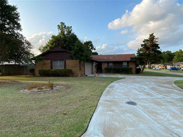1407 N Choctaw Avenue, Claremore, OK 74017 (MLS #2032918) :: Hopper Group at RE/MAX Results