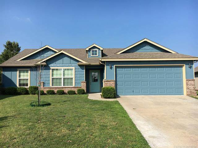 15313 E 110th Place North N, Owasso, OK 74055 (MLS #2033156) :: Hopper Group at RE/MAX Results