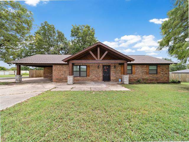 501 W Cottage Street, Ada, OK 74820 (MLS #2033199) :: Hometown Home & Ranch