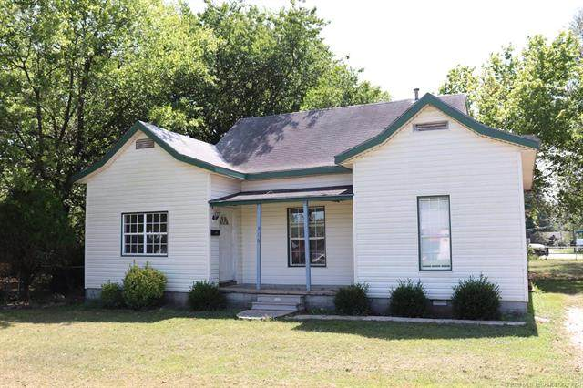 316 E Pine Street, Skiatook, OK 74070 (MLS #2033238) :: Hopper Group at RE/MAX Results