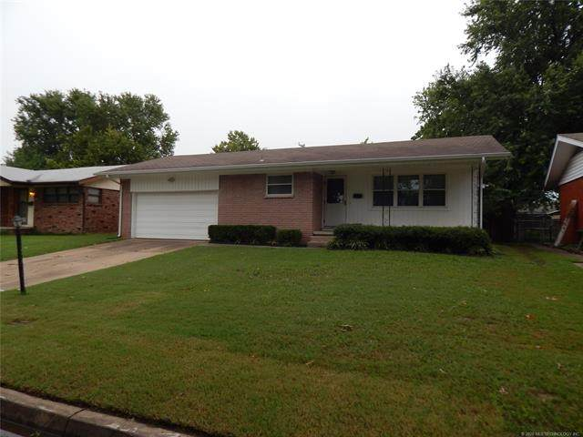 553 S 97th East Place, Tulsa, OK 74128 (MLS #2033557) :: Hopper Group at RE/MAX Results
