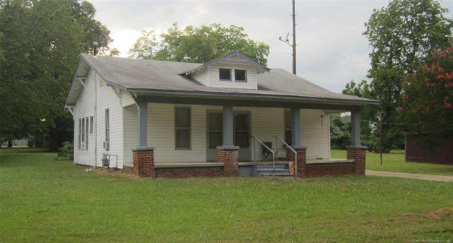 501 NE 3rd Street, Stigler, OK 74462 (MLS #2033639) :: Hometown Home & Ranch