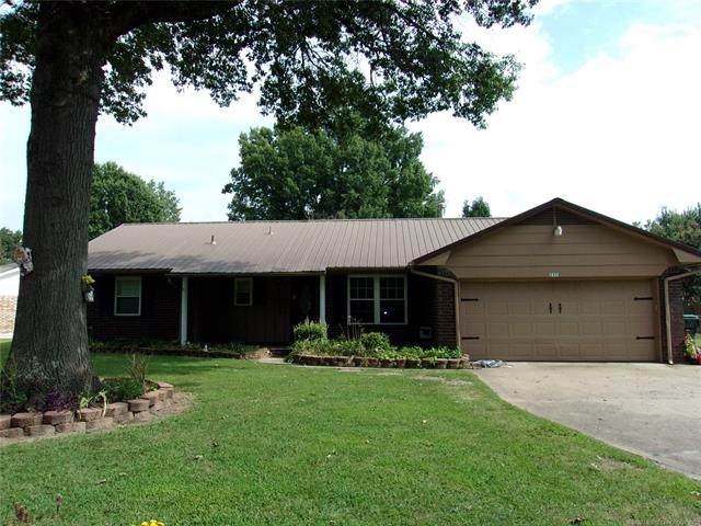 2501 Peggy Lane, Muskogee, OK 74403 (MLS #2033676) :: RE/MAX T-town