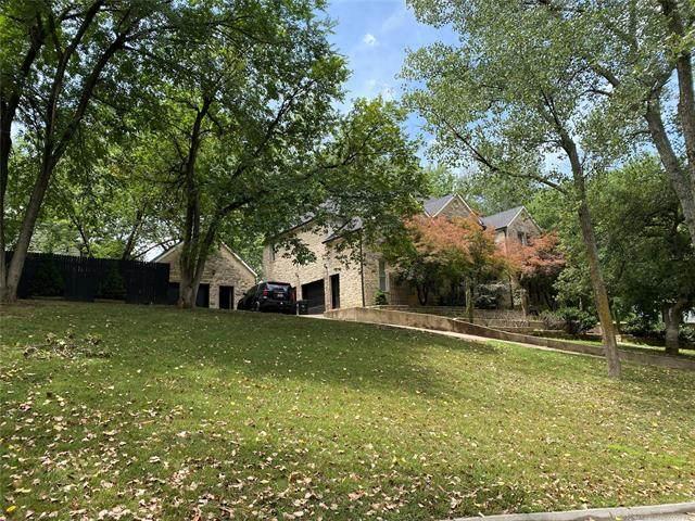 1350 Woodbriar Lane, Catoosa, OK 74015 (MLS #2033693) :: RE/MAX T-town