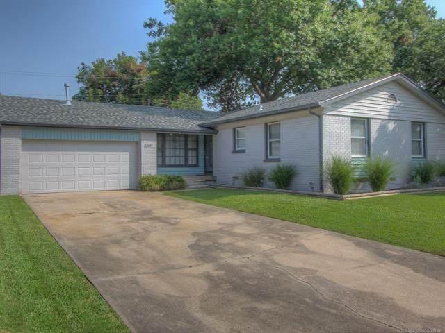 5317 E 28th Street, Tulsa, OK 74114 (MLS #2033826) :: Active Real Estate