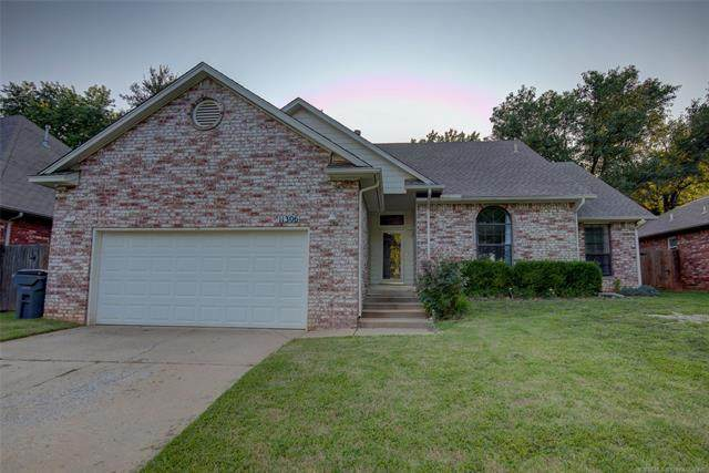 11306 S 108th East Place, Bixby, OK 74008 (MLS #2033968) :: Active Real Estate