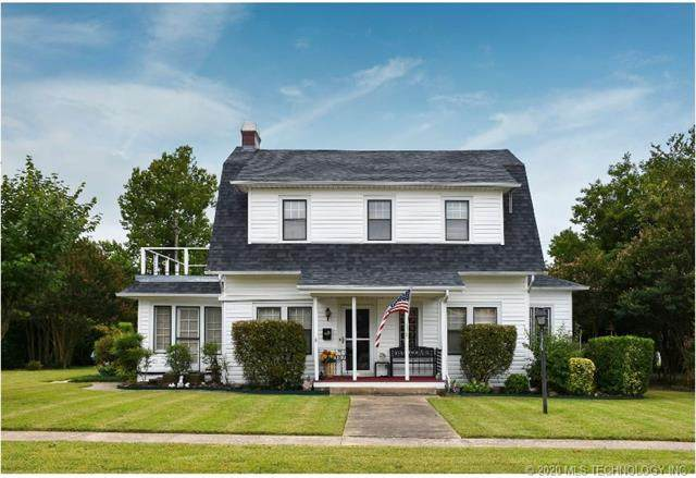 207 W 20th, Ada, OK 74820 (MLS #2033998) :: Hopper Group at RE/MAX Results