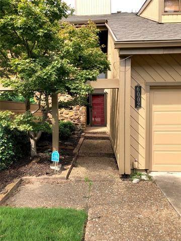6002 S Atlanta Court #2, Tulsa, OK 74105 (MLS #2034094) :: Owasso Homes and Lifestyle