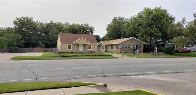 704 S Main Street, Sapulpa, OK 74066 (#2034108) :: Homes By Lainie Real Estate Group
